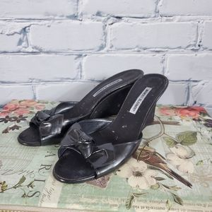 Manolo Blahnik Vintage Bow Slide Wedges